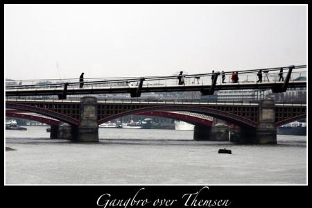 Gangbro over Themsen